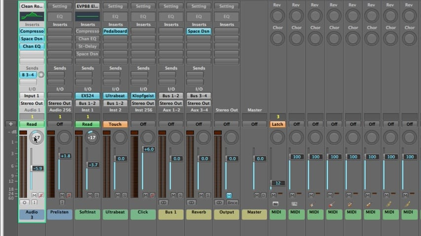 Logic Pro Mixing Part 2 - Mixer Groups Through Panning